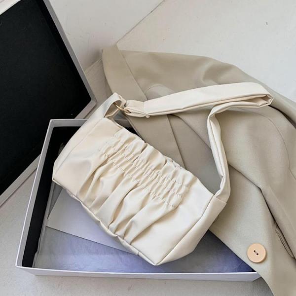 特賣 春夏新款云朵包包女褶皺包OL通勤百搭腋下包軟面單肩包手提包