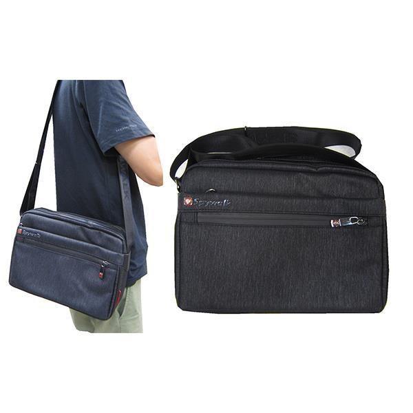 ~雪黛屋~SPYWALK 肩側包中容量二主袋內多隔層+外袋共五層可8吋平板防水尼龍布+皮革