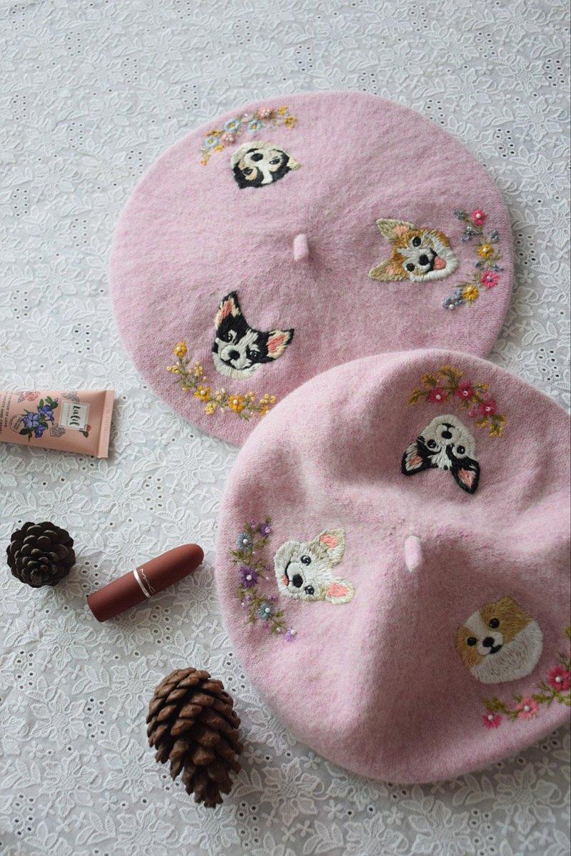 繡花帽•兩隻寵物畫像