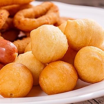 【上野物產】一口香酥熱狗球 (300g)包