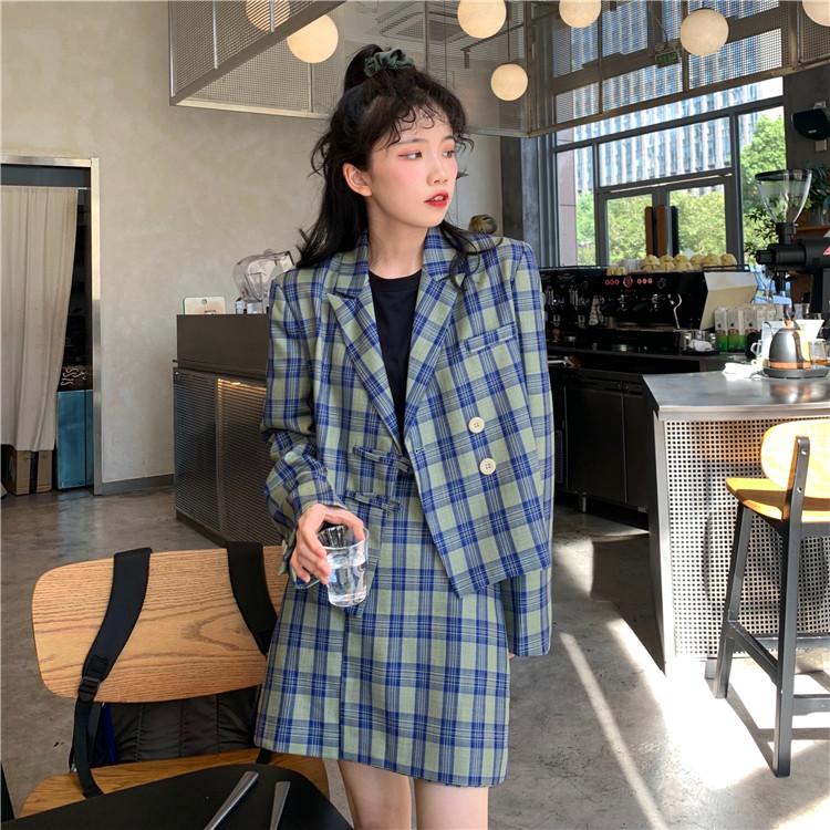 西裝外套 21784韓系學院風ins潮百搭格子半身裙 +寬鬆格子長袖外搭上衣