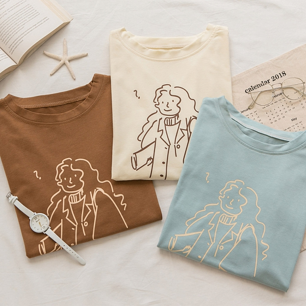 MUMU【T85966】女孩線條插畫印花短袖上衣。灰藍/米白/棕