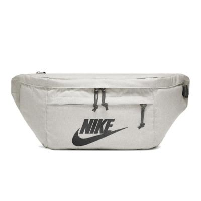 Nike 腰包 Tech Hip Pack 王一博 男女款 斜背包 大容量 穿搭 背帶可調 外出 米 黑 BA5751072