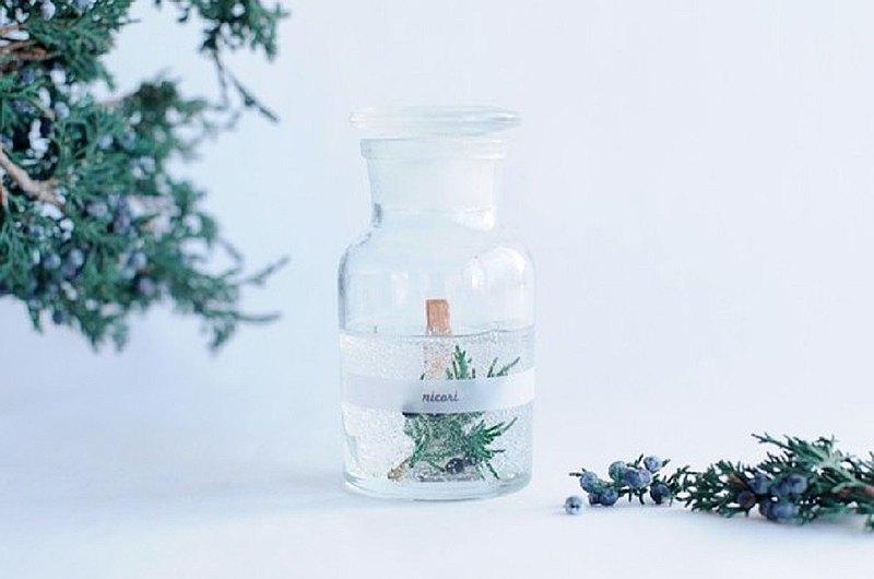 [100%杜松子精油,森林香氣,帶香氣的香薰蠟燭]植物瓶
