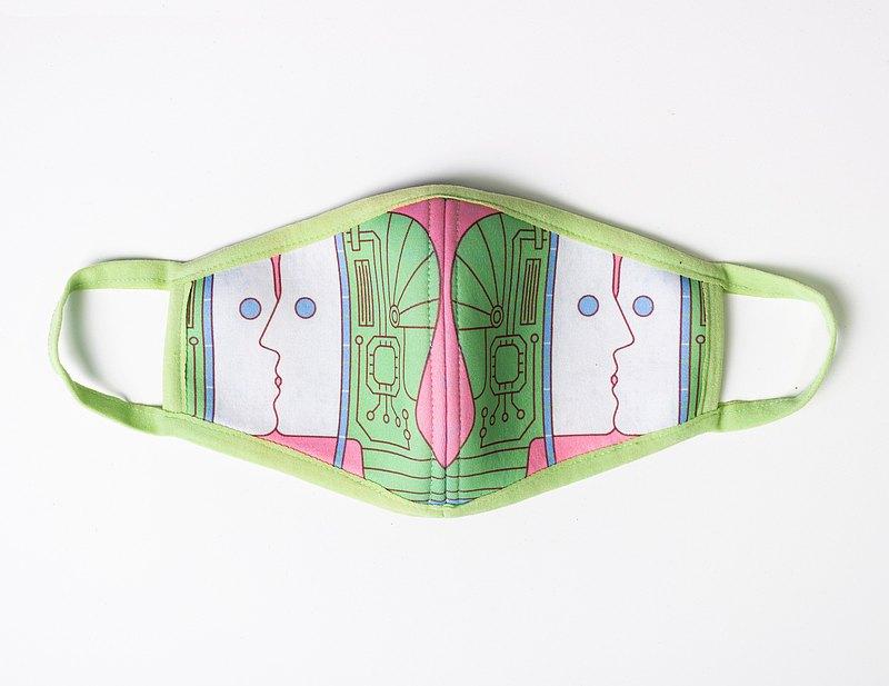 義大利 AI 機器人熱吻-抗菌防潑水口罩