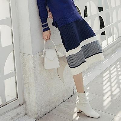 溫暖包芯紗坑條質感配色百褶貼身長裙-OB嚴選