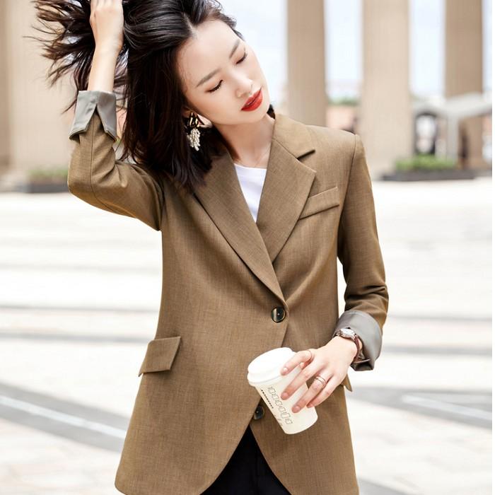 圓弧版型寬鬆搭配西裝外套[20X309-PF]灰姑娘