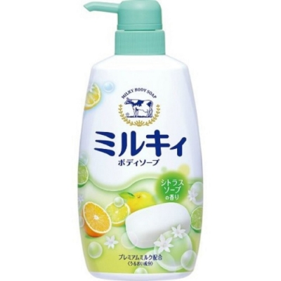 日本 牛乳石鹼 牛奶精華沐浴乳-柑橘綠550ml