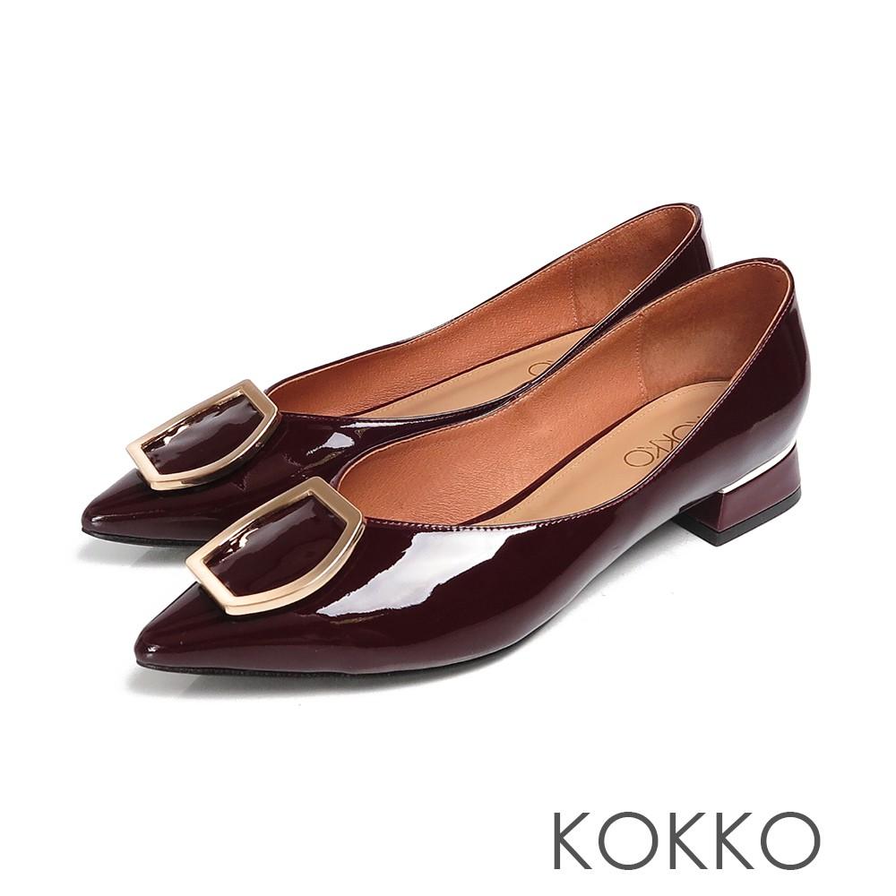 KOKKO經典尖頭大方扣極致質感牛漆皮低粗跟鞋醇酒紅