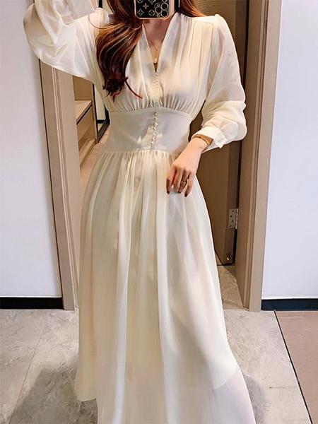 長袖洋裝 秋季長袖氣質泡泡袖V領收腰顯瘦珍珠紗高端連身裙女長裙 芊墨左岸