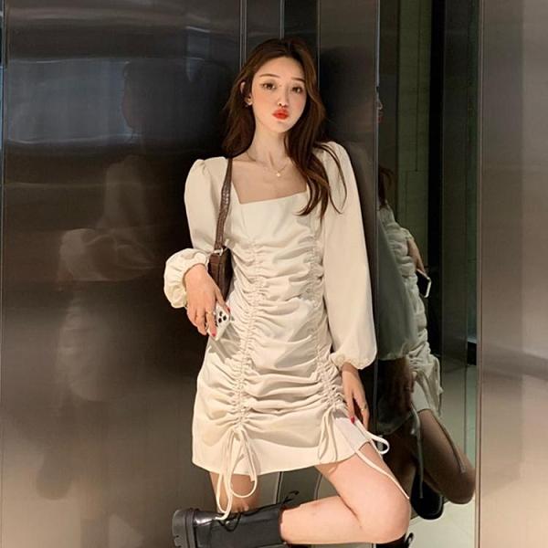 長袖洋裝 法式復古方領連身裙女秋裝2020年新款顯瘦小個子氣質秋季長袖裙子 漫步雲端
