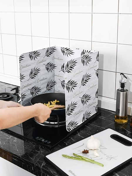 擋油板 北歐灶臺擋油板耐高溫隔油隔熱板 廚房煤氣灶炒菜防油擋板