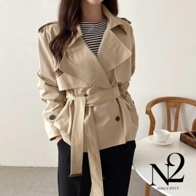 外套 正韓經典雙排釦綁帶短版風衣外套(卡其)N2