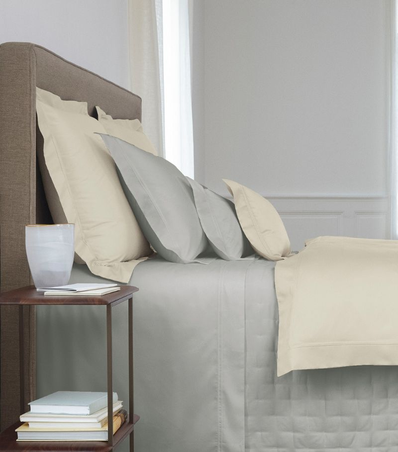 Yves Delorme Triomphe Oxford Pillowcase (50Cm X 75Cm)