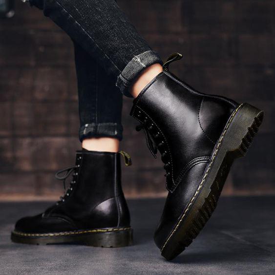男靴 男靴韓版冬季潮鞋超帥街拍高幫工裝靴中幫靴子男黑色皮靴馬丁靴男