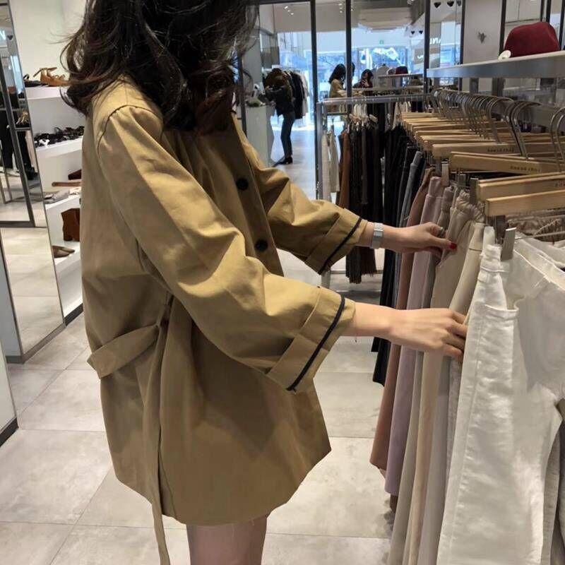 【現貨】長袖外套上衣單排多扣翻領港味氣質輕熟優雅繫帶寬鬆顯瘦時尚潮流韓版風衣女