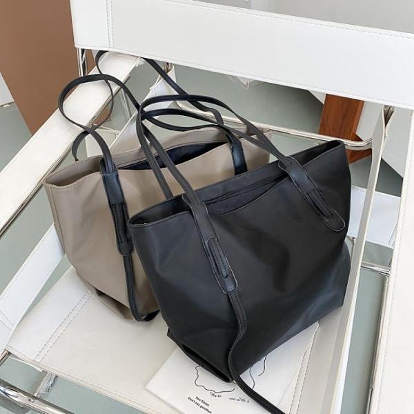 特賣 包包女大容量單肩包新款時尚尼龍帆布托特包女通勤牛津布大包