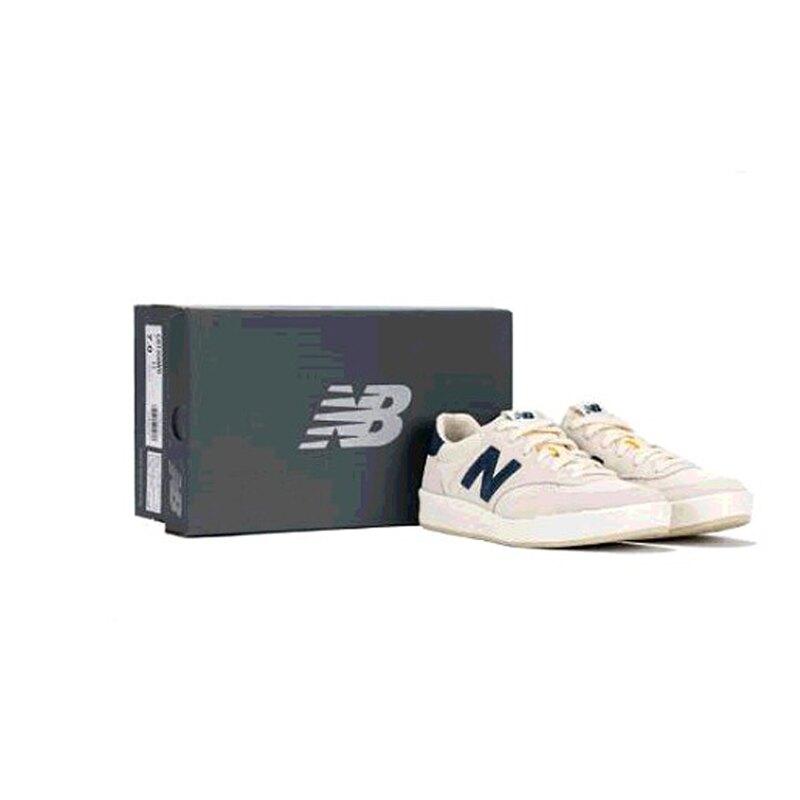 W126254 New Balance 女復古休閒鞋
