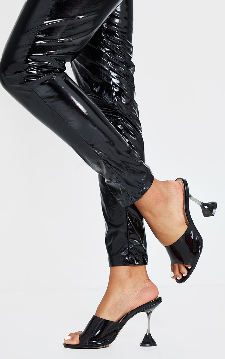 Black Wide Fit Cake Stand Clear Mule Heels