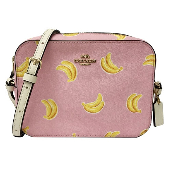 【COACH】香蕉印花小斜背包/相機包(小款/香蕉粉)