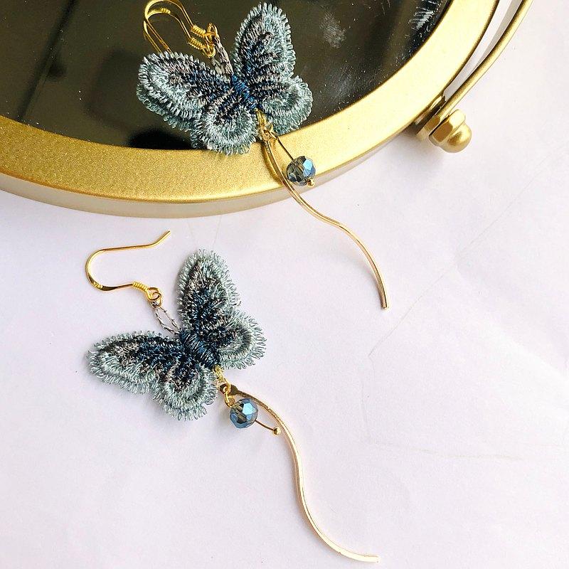 元森手作 藍色蝴蝶 金絲線刺繡耳環 可換耳夾