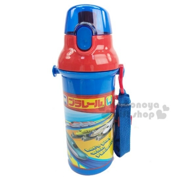 鐵道王國 日製直飲式水壺附背帶《藍紅.車種框》480ml.水瓶.兒童水壺