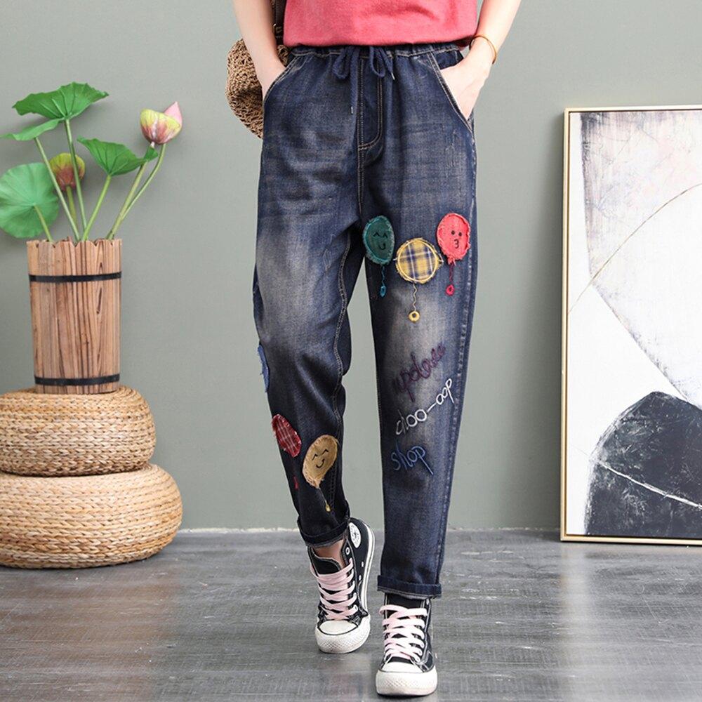 復古文藝刺繡貼佈卡通圖案鬆緊腰寬鬆牛仔褲 ((藍M-XL)*ORead*