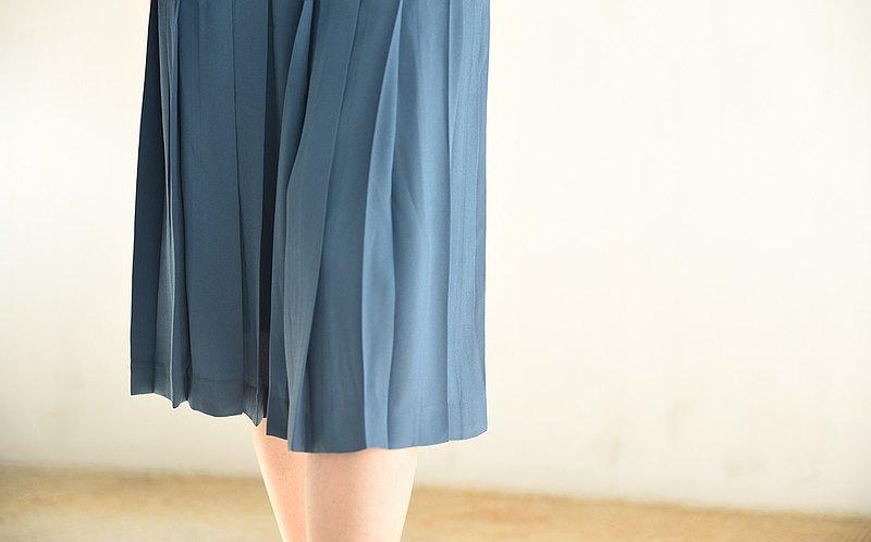土耳其淺藍百褶半身裙
