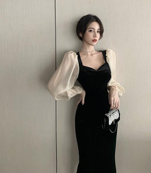 出清388 韓系V領黑色拼接絲絨復古高腰泡泡袖長袖洋裝