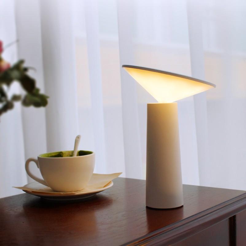 LED迷你造型小【i】檯燈LD16 (隨機出貨)【現貨、輸入折扣碼免運】