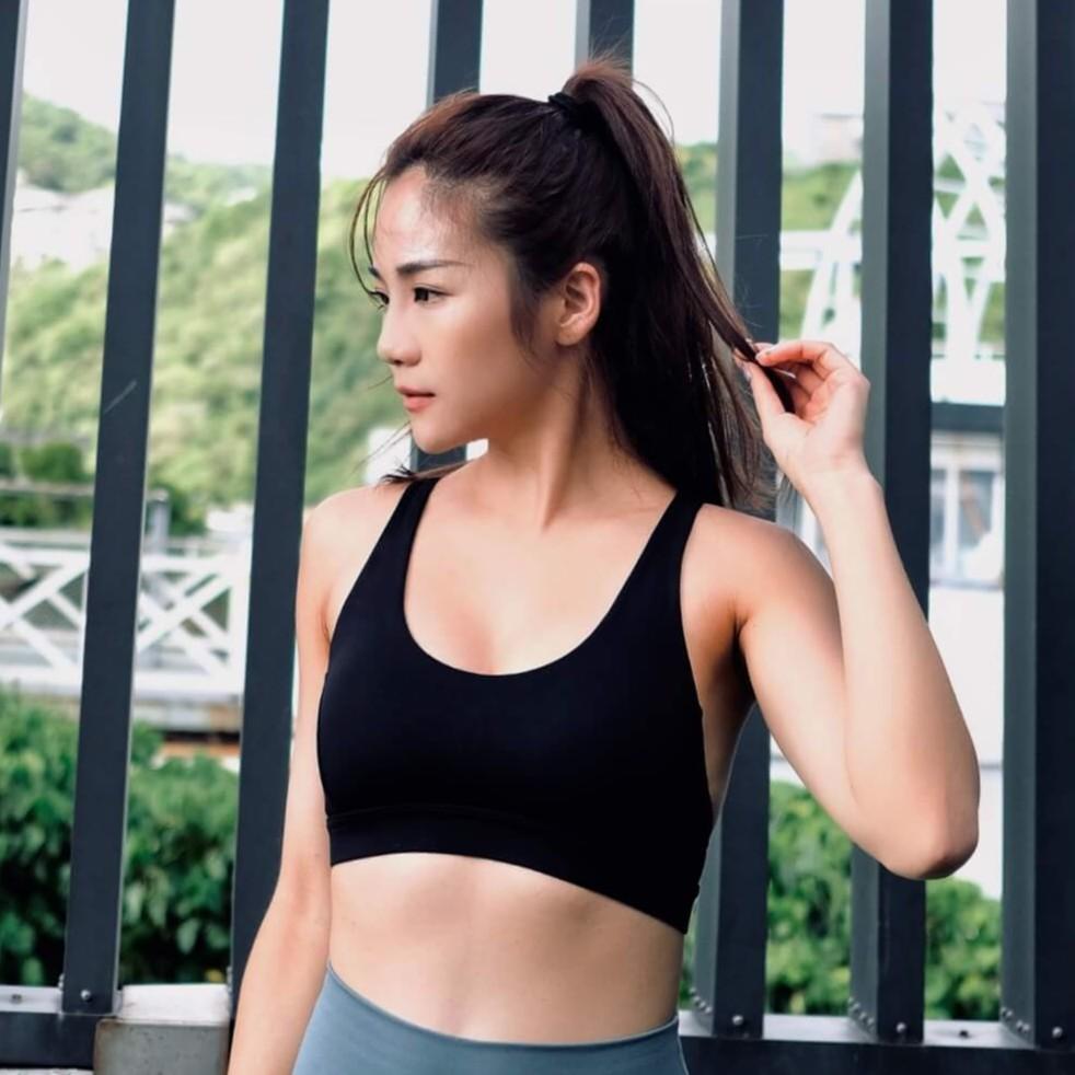 AM ME 運動內衣- 無鋼圈超集中美背瑜珈內衣 (Black 時尚黑)