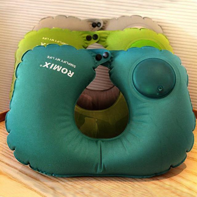 旅遊首選 按壓式U型頸枕 靠枕 午睡枕 飛機枕 護頸枕(任)