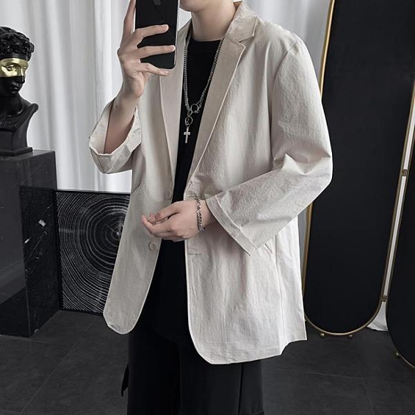 西裝外套 夏季ins港風七分袖薄款西服男潮流青少年休閒帥氣中袖小西裝外套-完美
