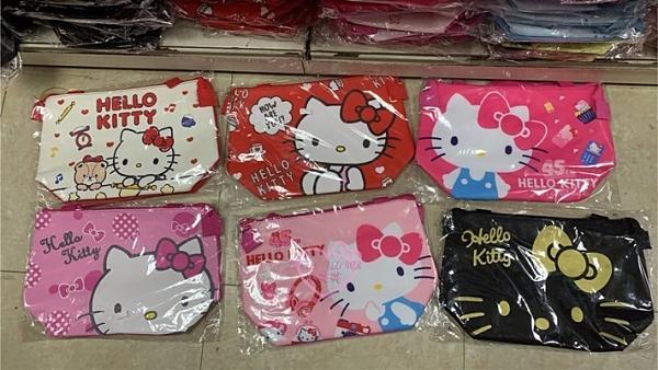 小花花日本精品HelloKitty保冷袋保溫袋野餐袋便當袋現貨隨機出貨11610700