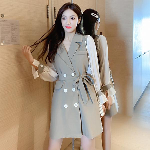 VK精品服飾 韓國風收腰系帶西裝領拼接喇叭袖長袖洋裝
