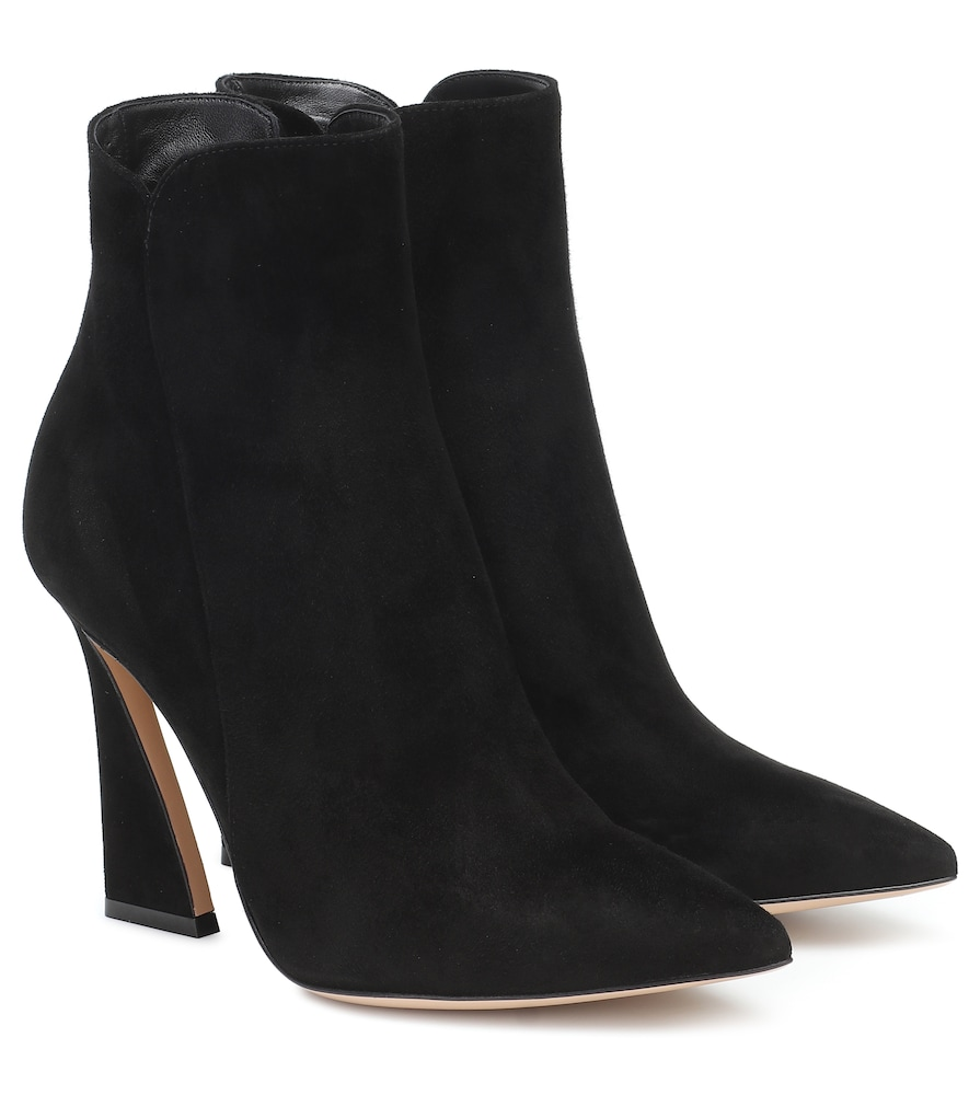 Aura 105 suede ankle boots