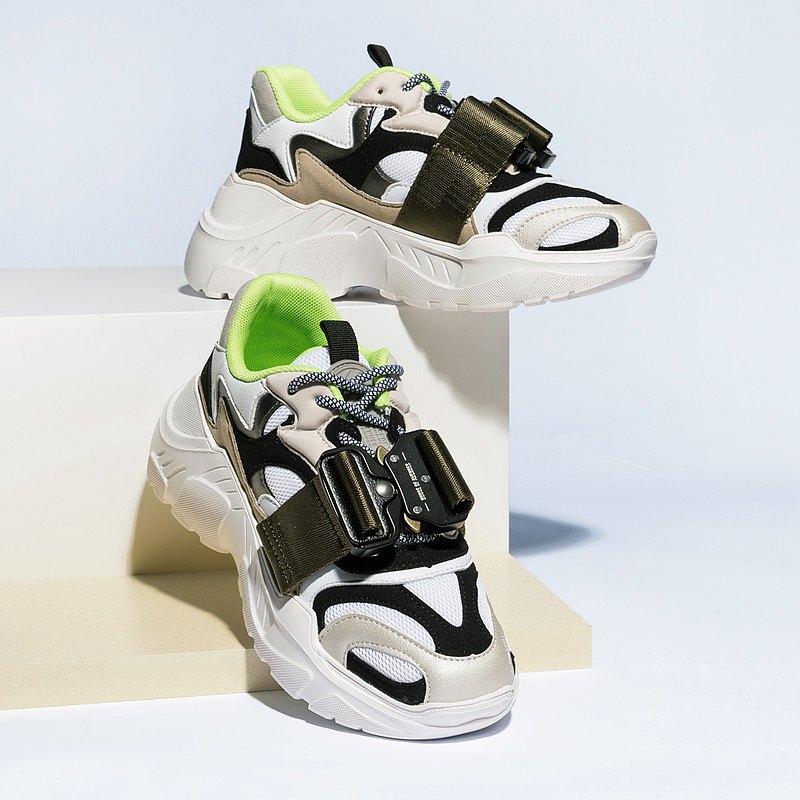 | HOA | 金屬插扣拼接老爹鞋 | 綠色 | 5216 |