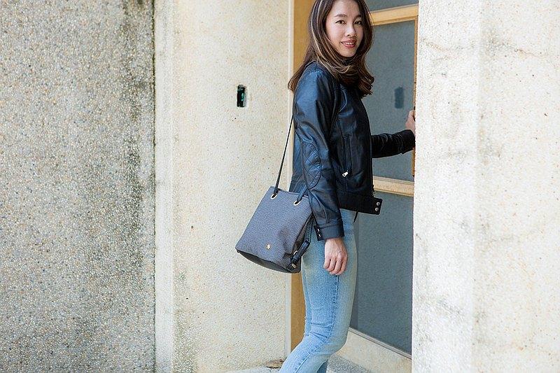 換季特賣【C.L.M】純素皮革/台灣製作/穿環側肩包-煙燻灰黑