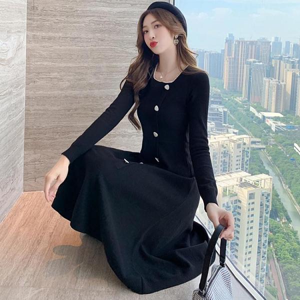 法式復古設計感小眾桔梗長裙2020秋冬新款方領顯瘦長袖針織連衣裙