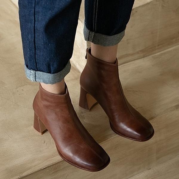 靴子.女神約會素面皮革方頭後拉鍊高跟短靴.白鳥麗子
