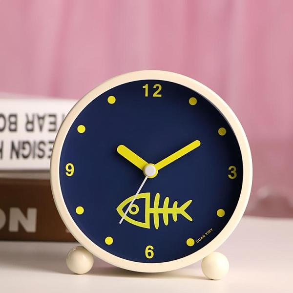 鬧鐘 日韓藝術可愛金屬鬧鐘創意靜音夜燈時尚數字學生床頭鬧鐘臥室裝飾 夏洛特