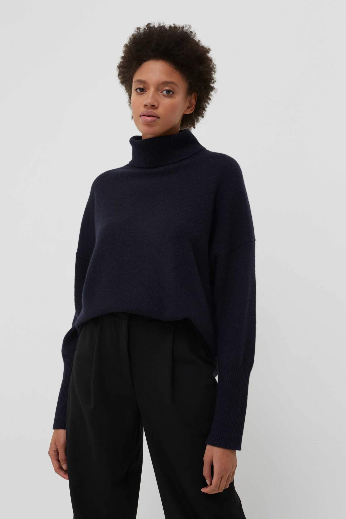 Navy Cashmere Rollneck Sweater
