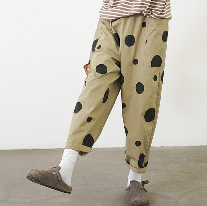 黑點點軍綠休閒褲 - imakokoni