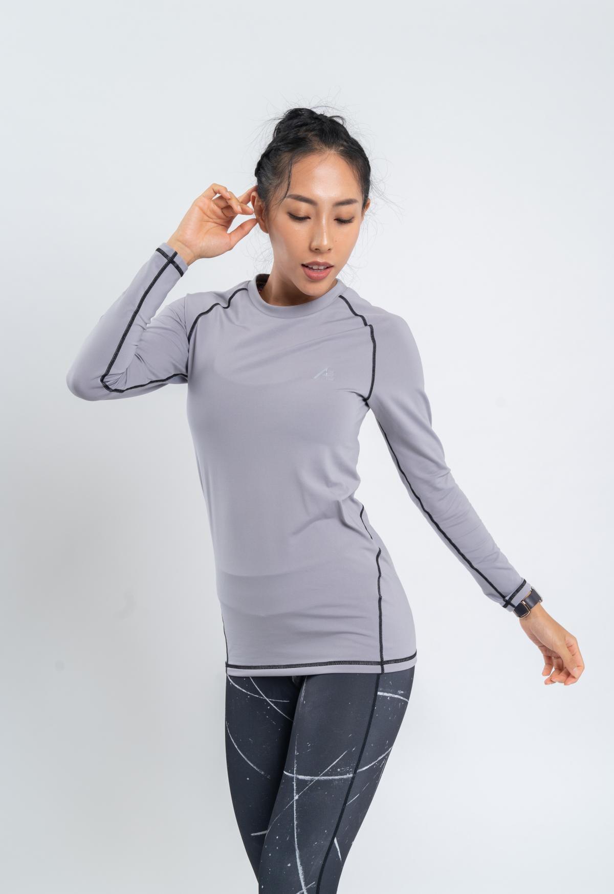【Attis亞特司】保暖長袖刷毛機能上衣-淺灰/線黑