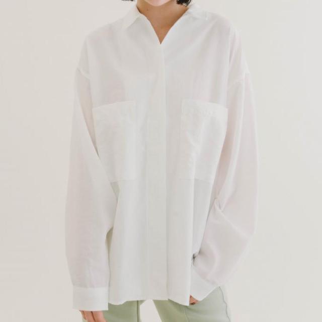 COLONY 2139 - 雙口袋寬版襯衫