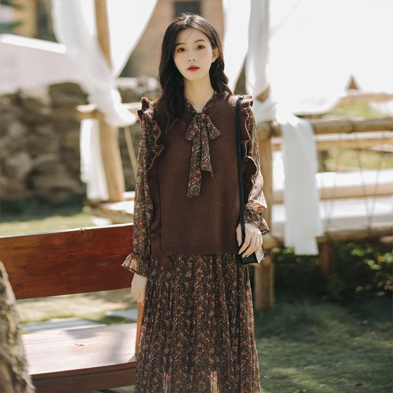 碎花洋裝 長袖洋裝 復古洋裝 秋冬季新款仙女超仙森系復古碎花套裝馬甲兩件式長裙女