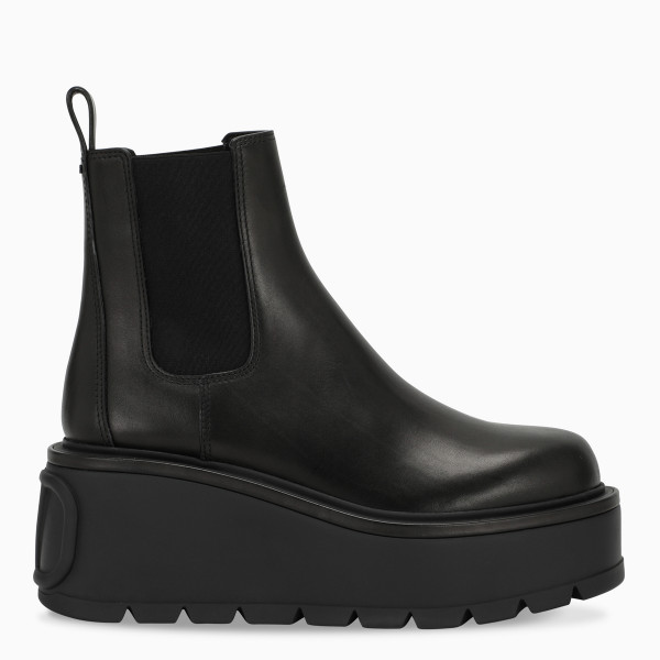 Valentino Garavani Black Uniqueform ankle boot