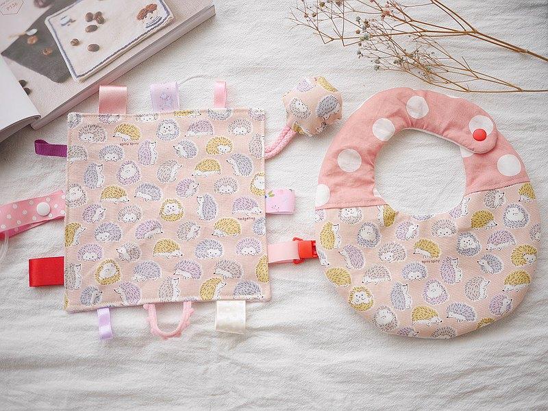 六重紗口水巾+安撫巾 手搖鈴可拆下 彌月禮盒 粉紅刺蝟款