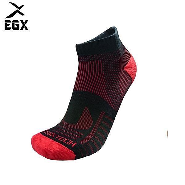 【南紡購物中心】《8字繃帶》P81 短統多功8字繃帶運動襪(黑/紅)