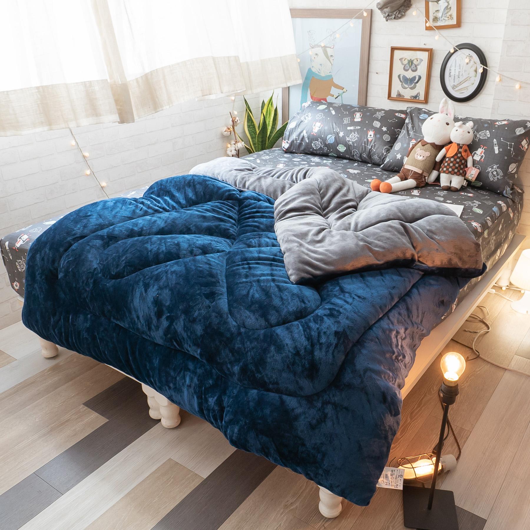 〔雙面〕法蘭絨暖被 - 湛藍銀河灰,內有充棉 溫暖舒適 150cmX195cm (正負5cm) 總重約1.8kg 台灣製【棉床本舖】